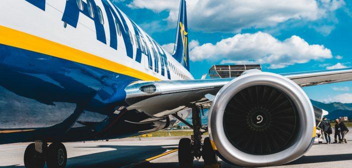 Ryanair Vliegtuig Volgen Belgie